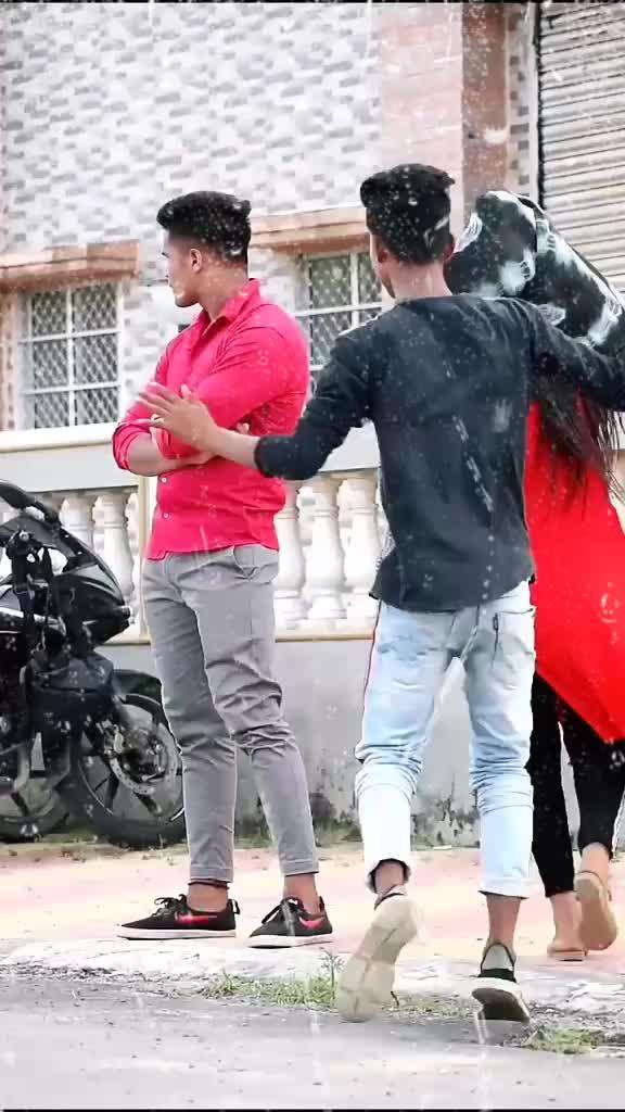 Hum Bhagte nai bhagatey hai 😂😂😂..#navi8481 #vairalvideo #vairal #funny #bykhangrup #@bykhanmoni @tiktok_india TikTok