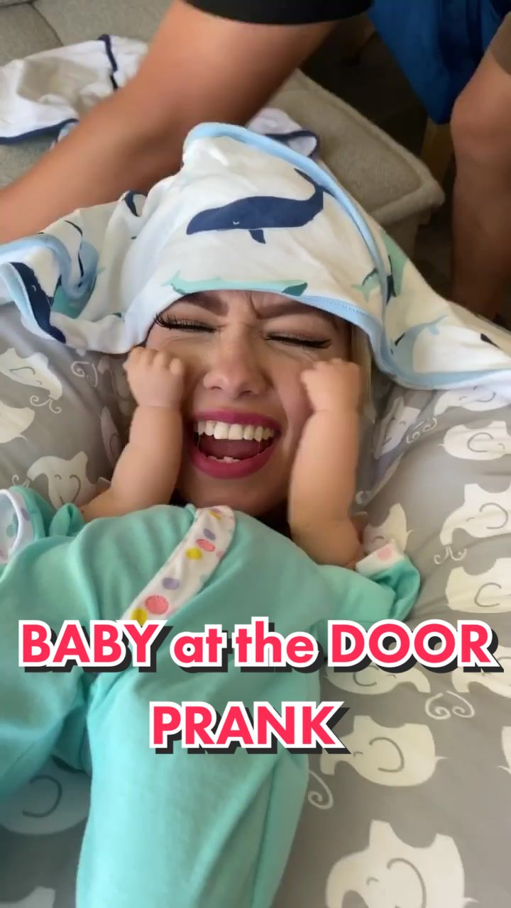 Who left a BABY ALONE?! #viral #trend #fyp #icarly #baby #alone #comedy #prank #ProveWhatsPossible #box #laugh #hands #blanketlife #laugh of fukru123