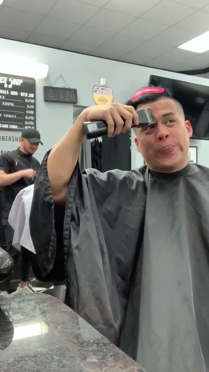 Shaving prank gone wrong 😱💈 #trend #comedy #prank #fail tiktok