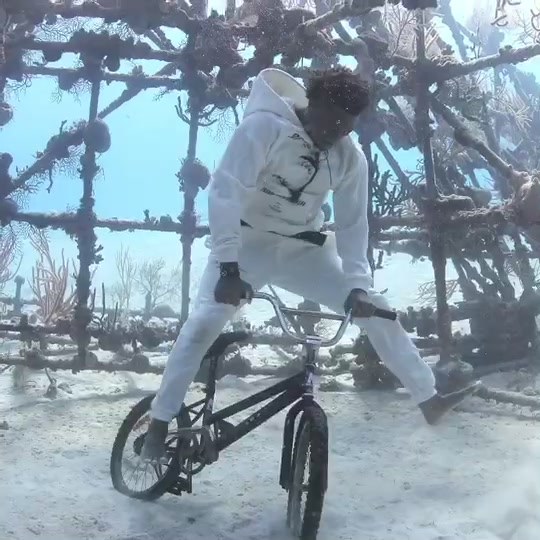 Underwater BMX anyone? 🚴🏾♂️🌊🇧🇸 Behind the scenes of one of my underwater photoshoots in the Bahamas. Shot by Jeff Panella #Underwater #Bahamas of popular songs on tik tok right now