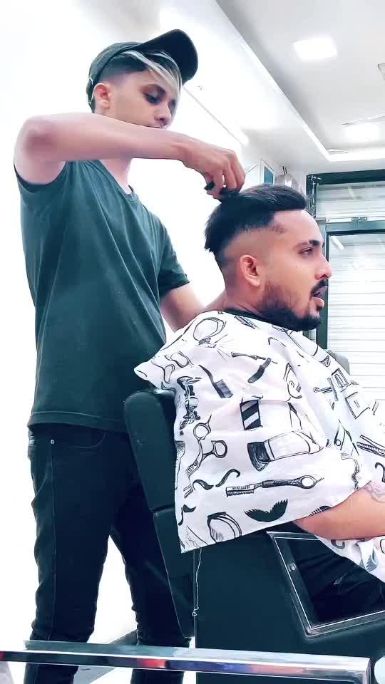 Hair Studio Ahmednagar 🤴 shafan bhai ☝️ #shafanalihairstudio #arifprince7 TikTok
