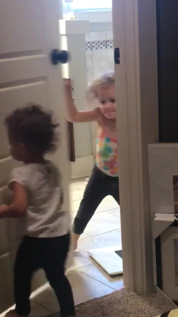 The evil smile as she's closing the door is incredible (ig: katieperri_) tiktok