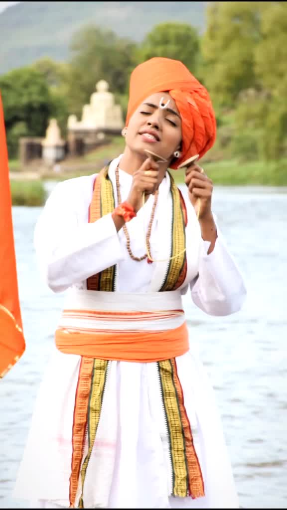 अवघे गर्जे पंढरपुर 🚩#mauli #आषाढी_एकादशी #आषाढी_एकादशी_2020 #marathi #foryou #madhuripawar #marathisong #marathi #विठ्ठल #varkari @hindavi_patil3232 TikTok