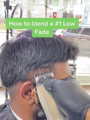 #foryoupage #barber #fade #haircut