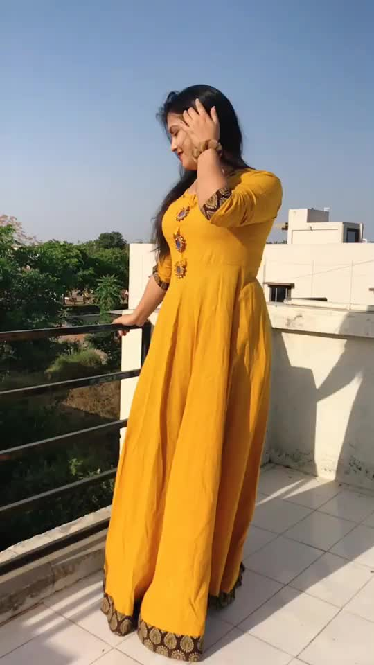 Attitude hone se kuch nai hta👎🏻Smile esi do k logo ka Dil jeet lo😍#Flashback#trending#goviral#foryoupage#@tiktok_india TikTok