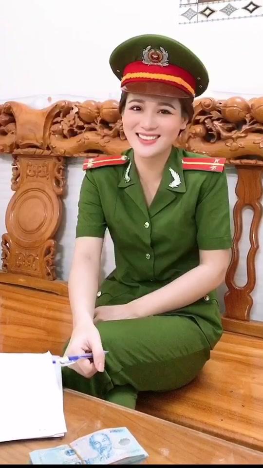 Cho em hỏi ơi đây có ai đại gia hong ạ ?? 😀#trending #xuhuong #tiktokhot #fyp #foryou #nguyenyennhi0902