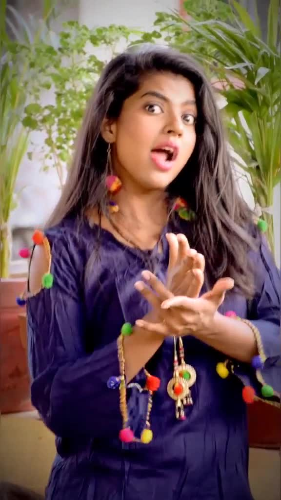 पुण्याची मैना 😎#foryou #madhuripawar #trending #marathimulgi  #marathisong #marathi #lavni #lavniqueen #लावणी #lavniking @tiktok_india @gayatri_.12 TikTok