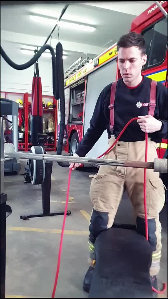SlapCloveHitch Challenge 🚒🔥Thanks to @thomasgray61 & @breakbrake for this idea. #fyp #foryou #firefighter #ukfire #afrs #knots tiktok
