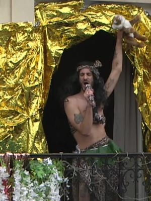 1 000 000 de vues et je refais un show au balcon #confinement #balcon tiktok