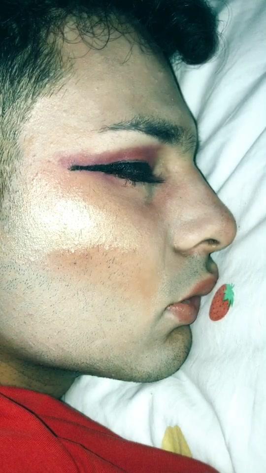 Volete vedere la sua reazione?#lifeforlikes #foyoupage #perte #makeup