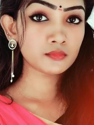 If any one can do this, then duet it 😊 (Not only the eyebrow ,but also the ear movement 😊)  IB:@hazeloutfire  #tiktokkerala #mallugirl #tamiltiktok of tamil tiktok
