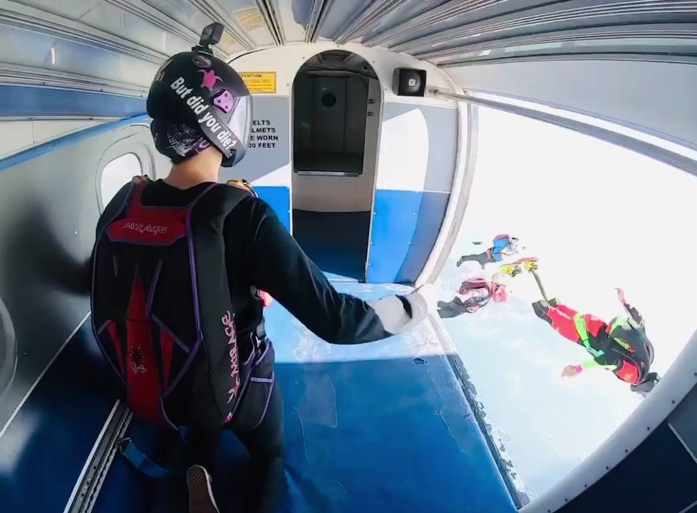 But did you die? #foryoupage #fyp #skydiving tiktok
