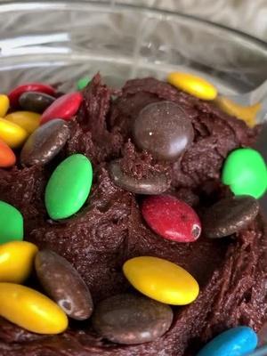 Masa de brownie comestible 🤤 antojo pa las 3am CHECK 👁👄👁 #recetafacil #cocina #comida #aprendeentiktok #todounchef