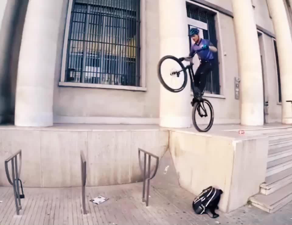 #cyclestunt 🚲 😎 tiktok