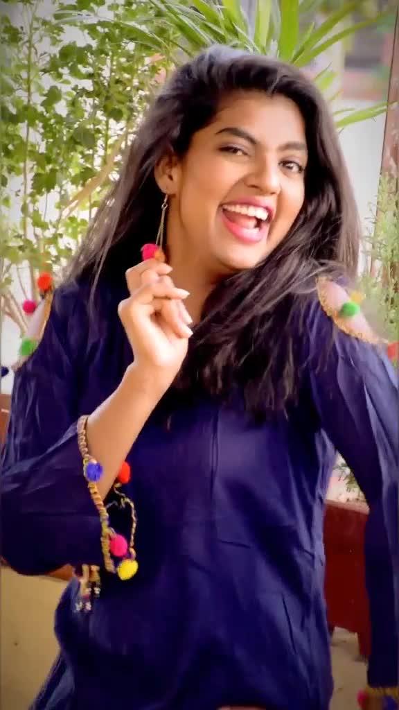 मेरे सीने मैं दिल मेरा डोले#danceindia  #madhuripawar #viralgirl #tiktokindia  #hindisong #bollywoodsong #djremix #foryou @tiktok_india @arifprince7 TikTok