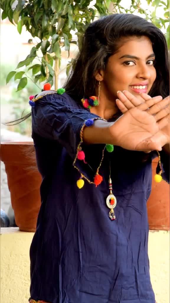 तेरे प्यार का रसना 🌹🤗#foryou #madhuripawar #bollywoodsong #viralgirl  #hindisong #tiktokindia #trending #arifprince7 @tiktok_india @arifprince7 TikTok