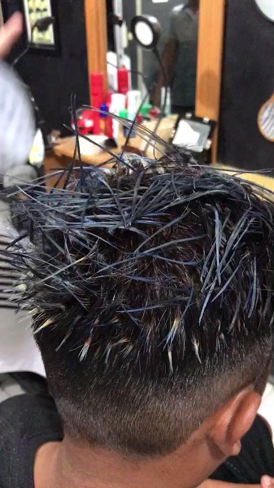 Hair color #eghebarbershop #haircolor #fyp #eghebarber #egheoghi #barbershop tiktok